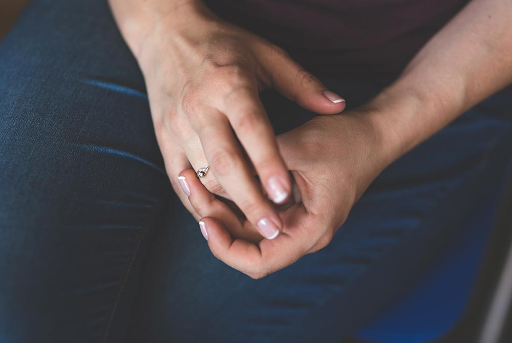 mains-femme